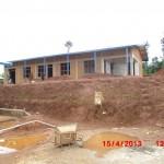 Construction d'une des dernières écoles de Bisoro
