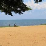 La rive burundaise du Lac Tanganyika, en face la rive du Congo (RDC)