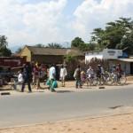 Route au bord du Lac Tanganyika